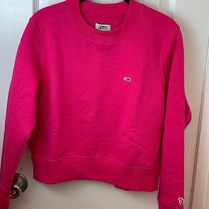 NWT Tommy Jeans Fuchsia Crew Neck Sweatshirt. S/P